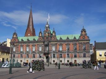 Rådhuset o ayuntamiento de Malmö en la plaza mayor