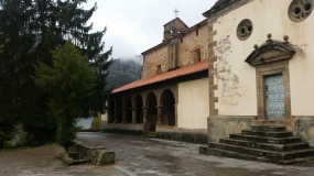 Colegiata de Santa María de Tanes