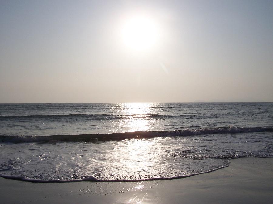 Atardecer de primavera en Lima mirando el Pacífico