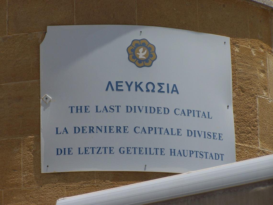 Lekfosia_Dividida