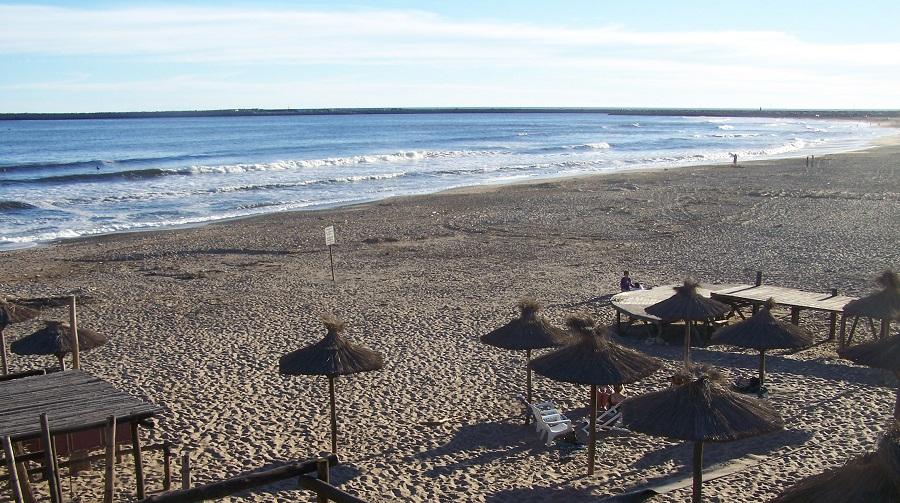 Playa de Costa Bonita, al norte