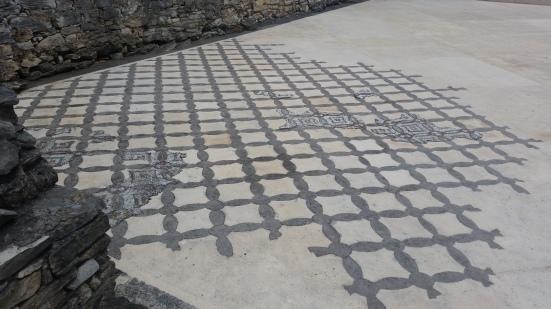 Suelo de mosaicos de la V