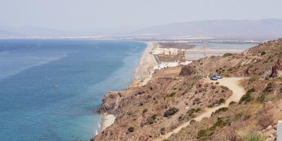 Desde el Faro de Cabo de Gata, salinas y varias playas