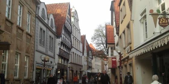 Centro histórico de Osnabrück, oval y reconstruido tras no quedar un edificio en pie durante la II Guerra Mundial en donde se había firmado la Paz de Westfalia