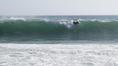 Surfistas en Nazaré