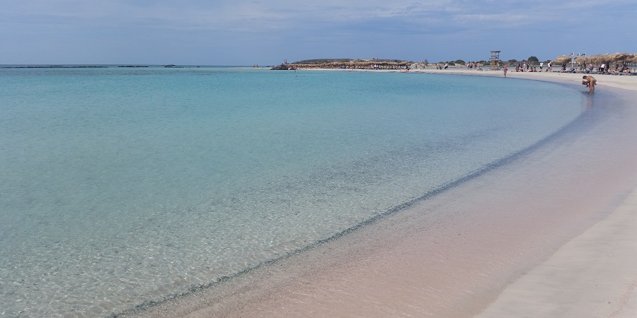 Elafonisi, la playa de arena rosa de Creta, Grecia