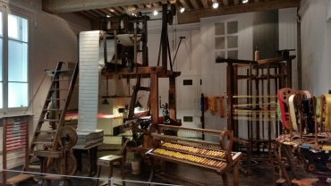 Artilugios de los canuts para fabricar la seda
