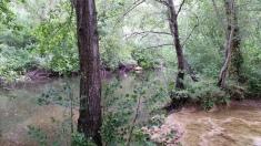 La cascada desembocando en el Ebro