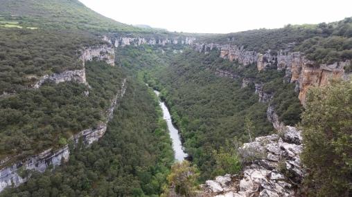 El Ebro excavando cañón desde el mirador
