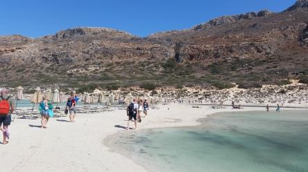 Laguna de Balos a la derecha; playa a la izquierda