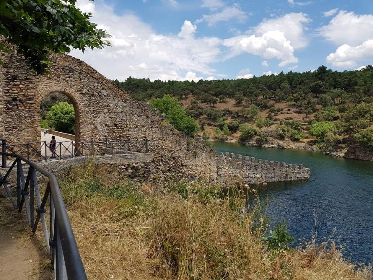 Coracha hacia el río Lozoya