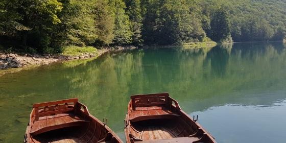 Lago Biograd, la estrella del Parque Nacional Biogradska Gora, la última jungla europea