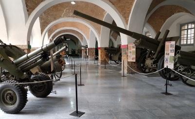 Cañones en el Museo Histórico Militar de Cartagena