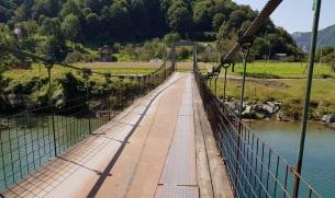 Puente sobre el río Morača
