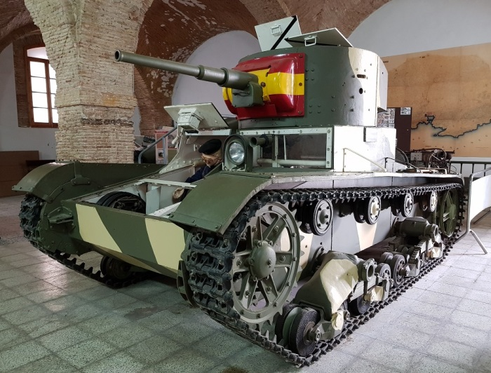 Tanques en el Museo Histórico Militar de Cartagena