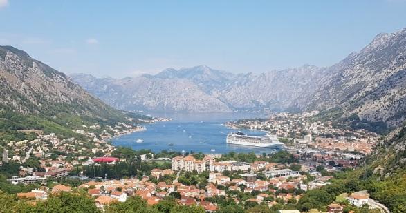 Bahía de Kotor subiendo a Lovcen