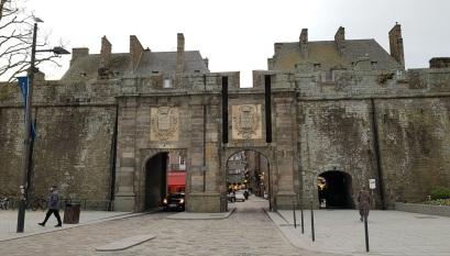 Puerta zona vieja