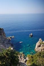 Las aguas del Jónico desde el mirador del monasterio de Panagia