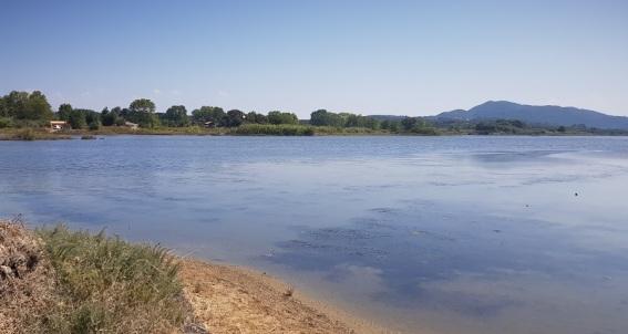 Lago Korission cerca de Halikounas