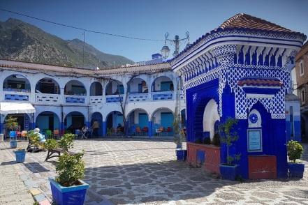 Plaza El Haouta, corazón azul y de tradición de Chefchaouen