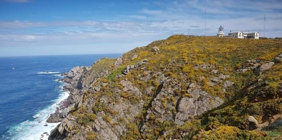 Cabo y Faro de Estaca de Bares: choque del Cantábrico y el Atlántico