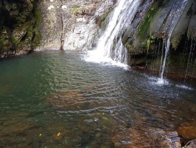 Poza de la cascada de Morlongo