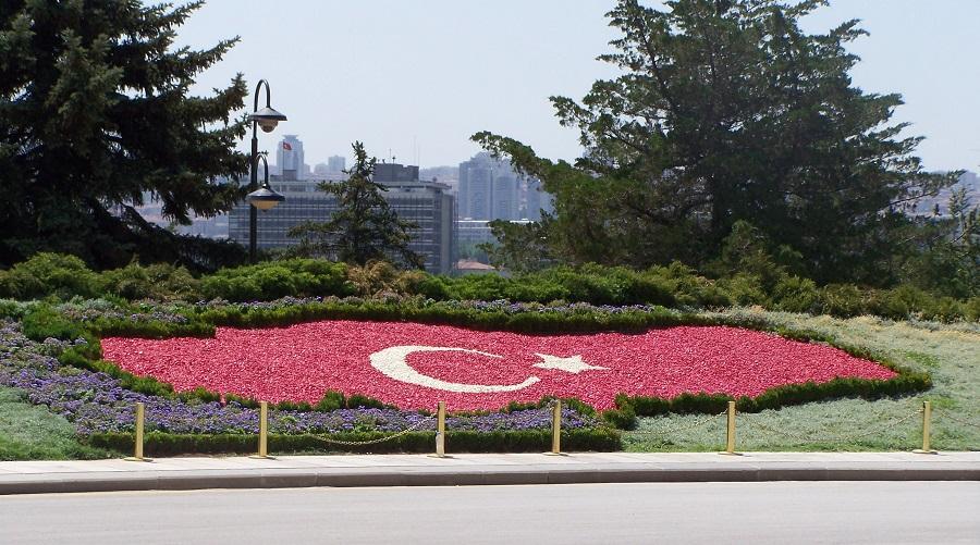 Bandera floral de Turquía en Anitkabir, Ankara
